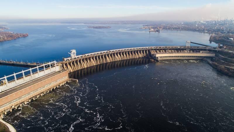 Аварийные плотины Днепровского каскада Украины близки к прорыву