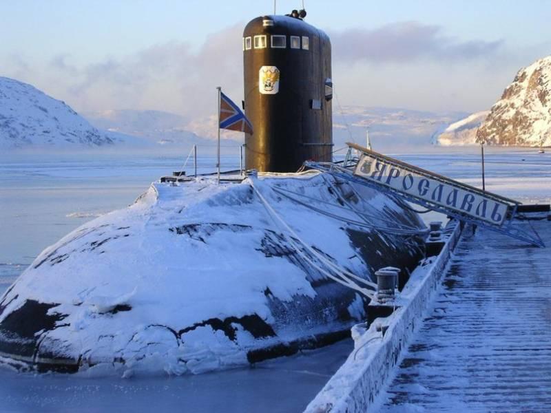 """Перспективы отечественного неатомного подводного флота. Что будет с проектом 677 """"Лада""""?"""