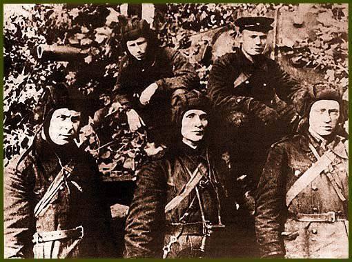 Рассказы об оружии. КВ: первый тяжёлый советский танк