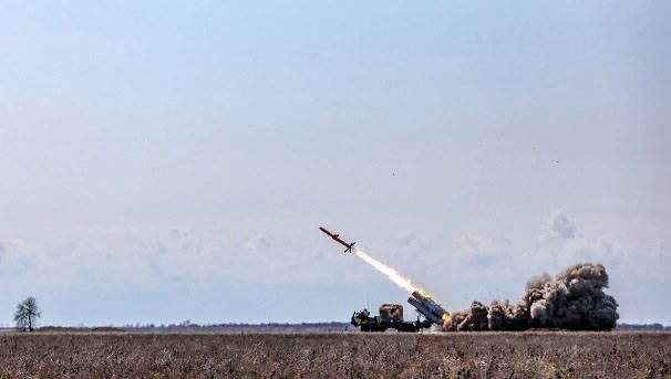 """Ракета украинского """"Нептуна"""" при испытаниях развернулась на 180 градусов"""