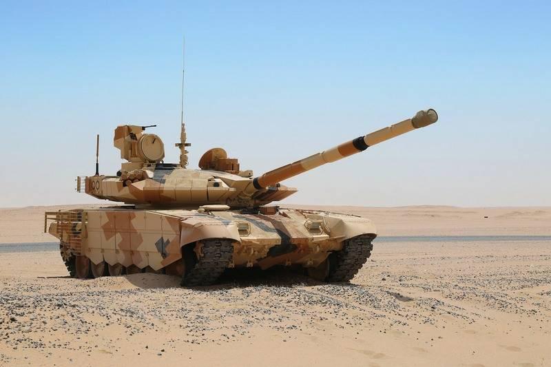Индия подтвердила закупку свыше четырёхсот российских танков Т-90МС