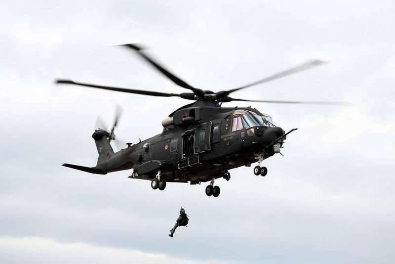 Польша заменит советские вертолёты Ми-14 на итальянские AW101 Merlin
