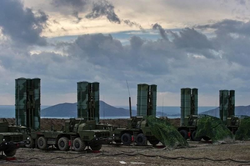 """Немецкий журналист назвал ЗРС С-400 """"Триумф"""" """"кошмаром для НАТО"""""""