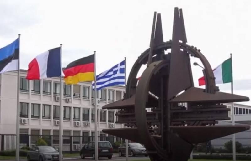 Сотрудничество России и НАТО полностью прекращено