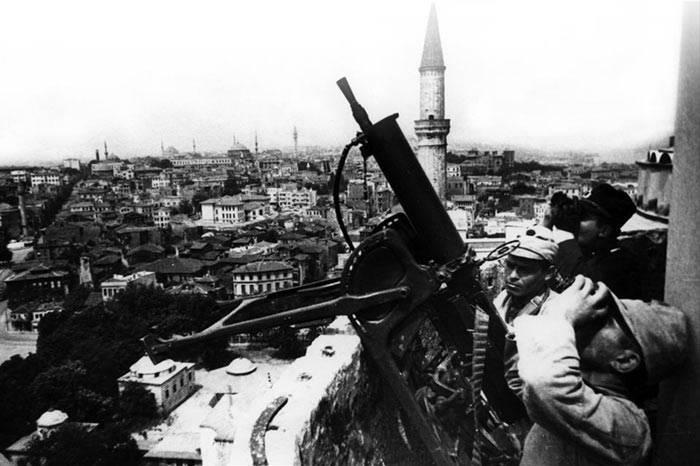 Почему Сталин не взял Константинополь и Черноморские проливы