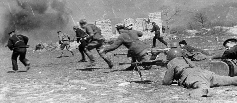 Гитлер приказал удерживать Севастополь до последнего патрона