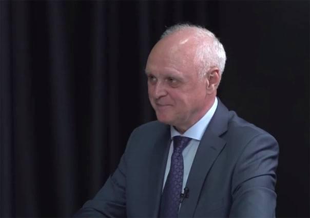 Военный советник Зеленского проинформировал оготовности столицы Украины кнеожиданному удару