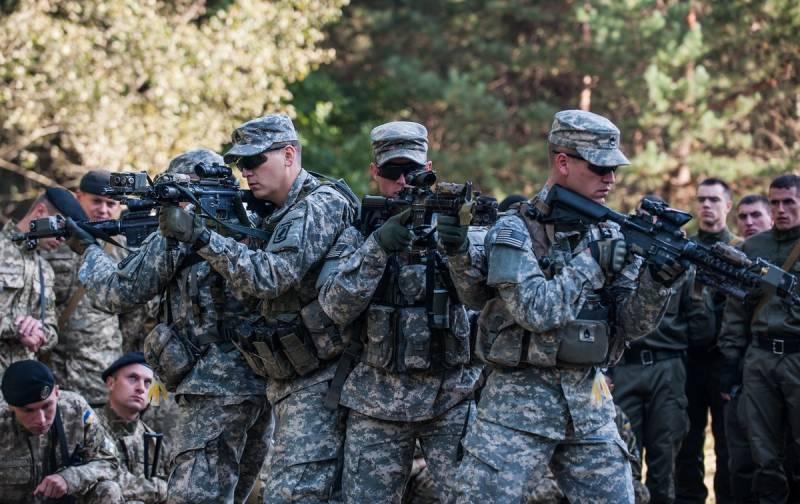 Военнослужащие 101-й десантной дивизии США высадятся на Украине
