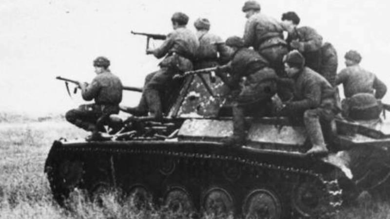"""Почему Т-34 проиграл PzKpfw III, но выиграл у """"Тигров"""" и """"Пантер"""". Возвращение к бригадам"""