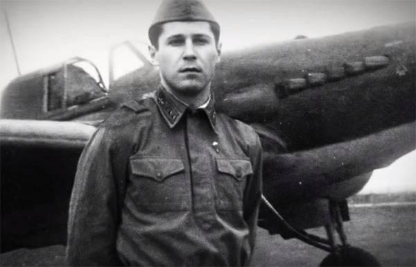 """द्वितीय विश्व युद्ध के बाद से विमानन: """"फ्लाइंग टैंक"""" और स्ट्रैप पर गनर"""