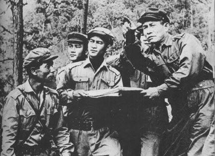 Sentiero di Ho Chi Minh. Le prime battaglie in Laos