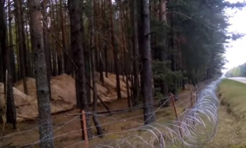ВУкраинском государстве  посоветовали  тайно установить ядерные мины награнице сРоссией