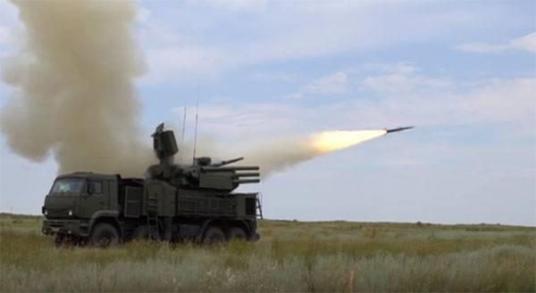 A Índia está preocupada com o desejo do Paquistão de comprar Pantsir e T-90 da Rússia