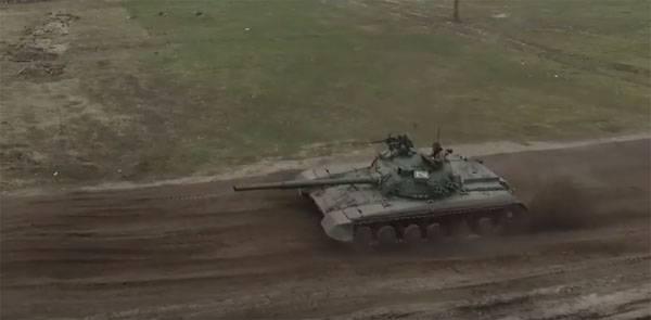Сообщается о подготовке танкистов ВСУ по новым стандартам - стрельба из-за террикона