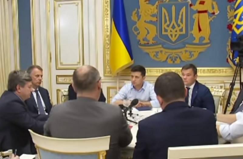 В Киеве решили вынести вопрос о переговорах с Россией на референдум