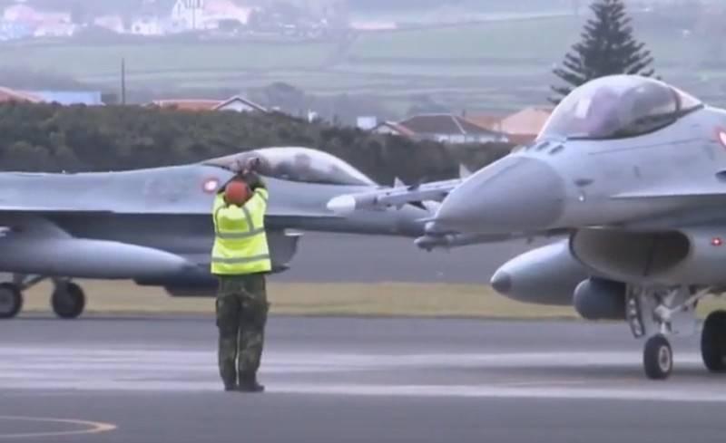 """Дания """"пригрозила"""" России размещением боевых самолётов в Гренландии"""