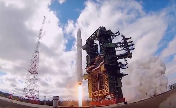 «Роскосмос» потратит на «Ангару» еще 9 миллиардов