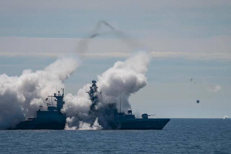 """Германия отчиталась о """"секретных"""" стрельбах на Балтике"""