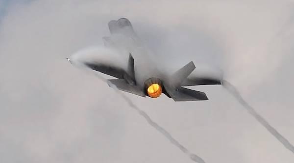 Польша закупит у США 32 F-35А
