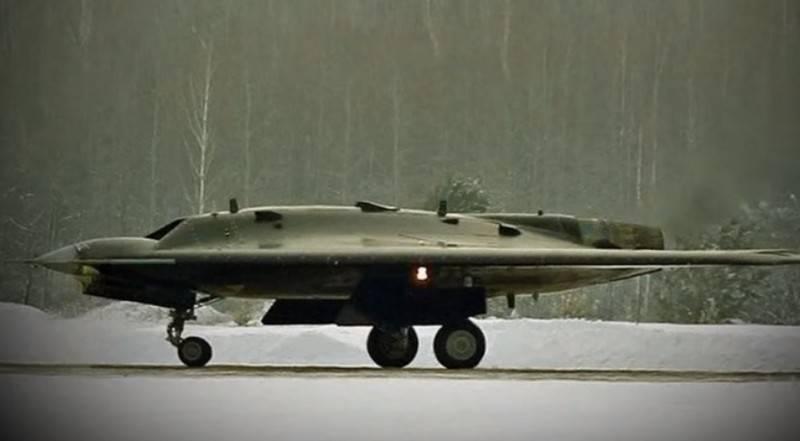 """Лётные испытания ударного БПЛА """"Охотник"""" начнутся в июле-августе"""