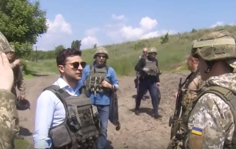 На Украине раскритиковали Зеленского и Хомчака за поездку на Донбасс