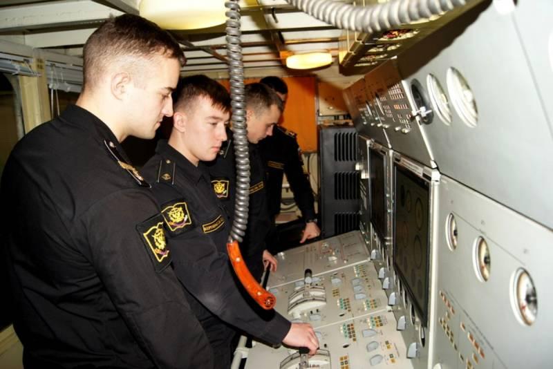 День связиста и специалиста радиотехнической службы ВМФ России