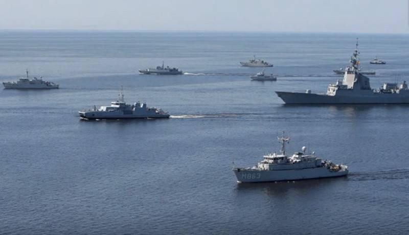 Крупная группа кораблей НАТО вошла на Балтику