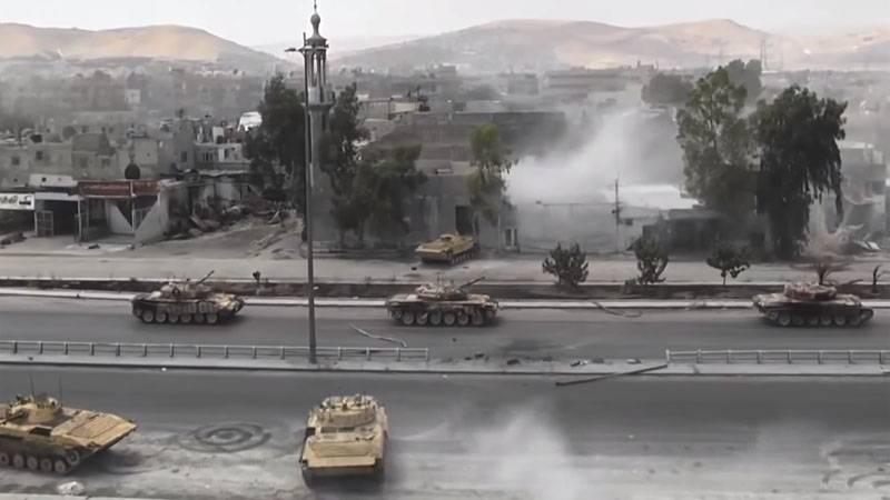 Показан бой САА с боевиками в провинции Хама: РСЗО и танки в действии