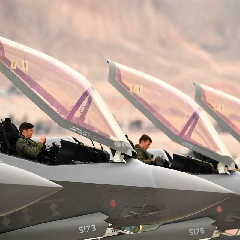 Uma nova lista de problemas com os caças F-35 foi publicada.