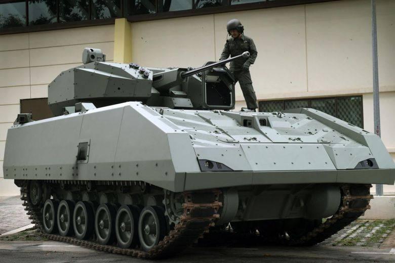 """बीएमपी """"हंटर"""" रैंक में। सिंगापुर सेना के साथ सेवा में """"हंटर"""""""