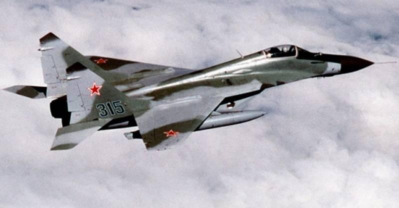 Торт со снотворным, перестрелка и угон МиГ-29