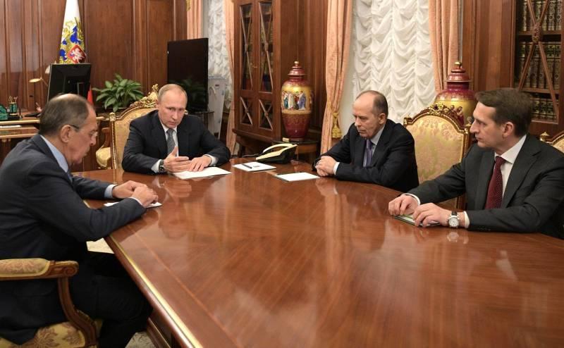 В кругу шпионов. Почему у Кремля всё хорошо