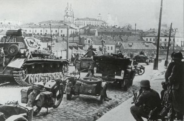 Трагедия генерала Павлова. Что погубило героя-танкиста?