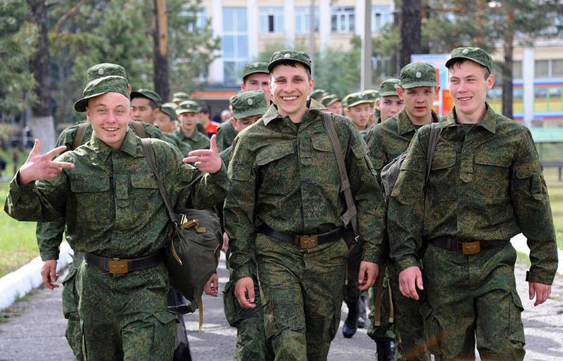 """Wages of privates and sergeants """"contract"""" will increase from 1 Sep"""
