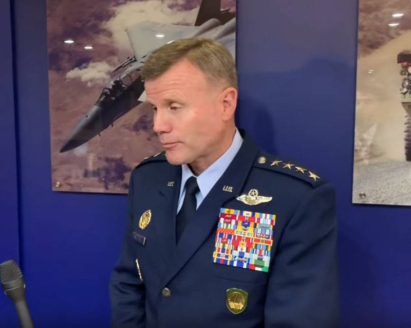 Serbian users reacted to the visit of the American General in Belgrade