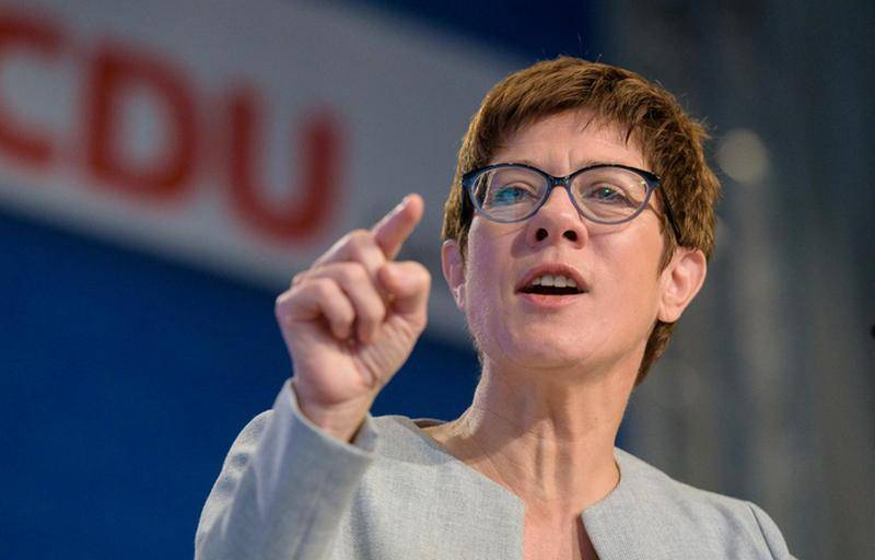 Krump-Karrenbauer instead of for der Lyayen: the Minister of Defense was replaced in Germany