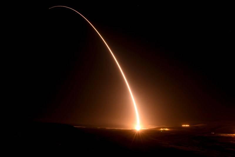 米空軍はMinuteman-IIIに代わる新しいICBMの入札を発表しました