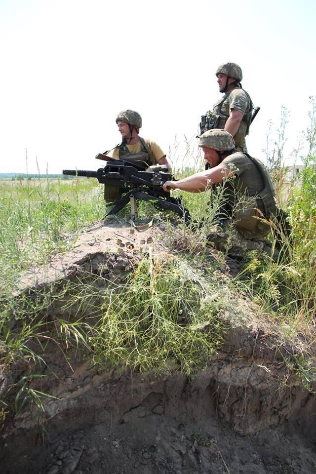 Появились кадры обстрела Первомайска украинскими силовиками