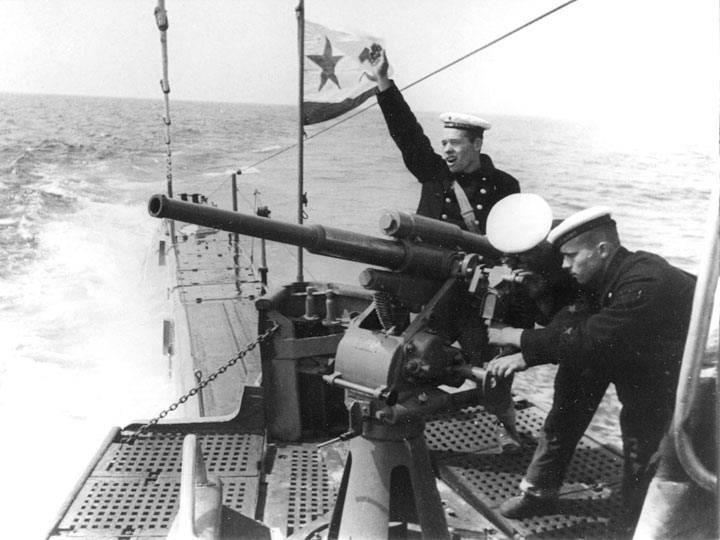 """A proposito degli enigmi delle corazzate sovietiche PUAZO e del """"malinteso di piccolo calibro"""" 21-K"""