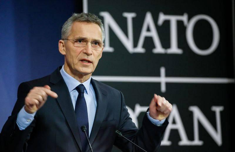 """Stoltenberg não vê """"sinais de Moscou"""" destinados a salvar o INF."""