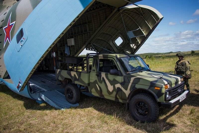 На учениях ВДВ под Ульяновском показали пикапы Нива с миномётами