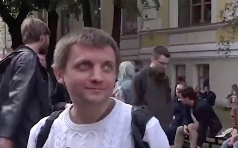 Украинец в центре Москвы: Я здесь ради смены власти в России!