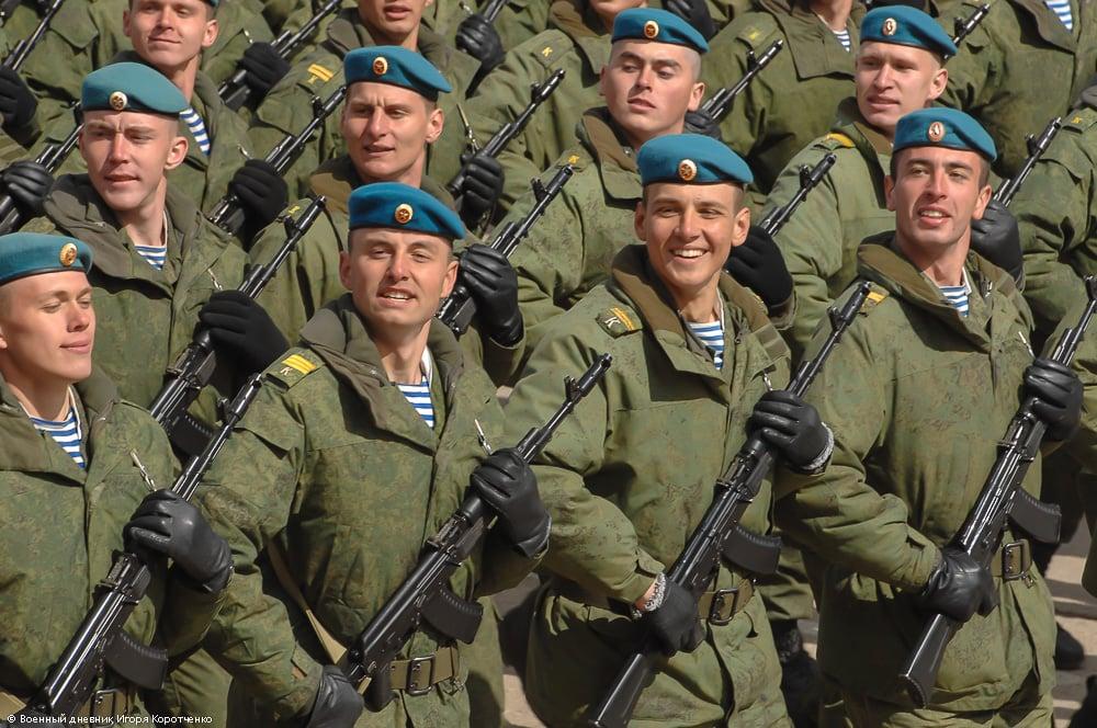 армейские картинки вдв красиво отражается окнах