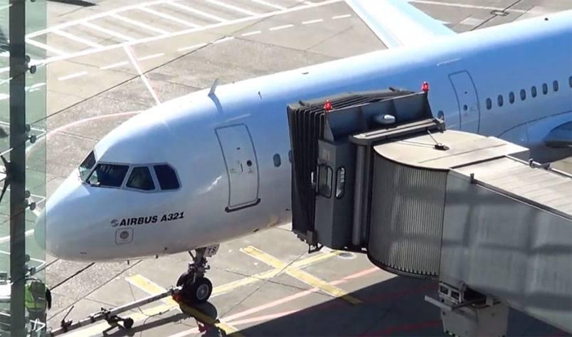 У руководителя МИД ФРГ в 3-й раз загод сломался самолет
