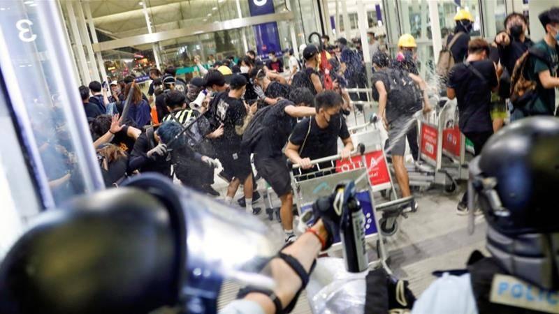 चीनी में मैदान। क्या बीजिंग हांगकांग के दंगे को कुचल देगा?