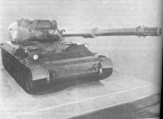 """Pistolet M-69. Calibre 152 mm """"anti-char"""""""