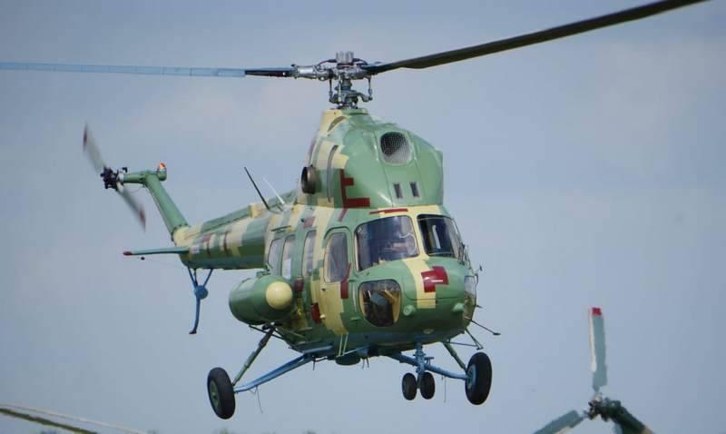 Dans l'ouest de l'Ukraine, l'hélicoptère Mi-2 de l'aviation de l'armée des forces armées de l'Ukraine