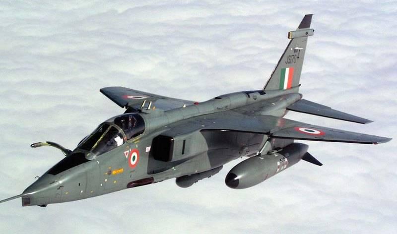 Força Aérea da Índia abandonou planos para a modernização de caças da Jaguar