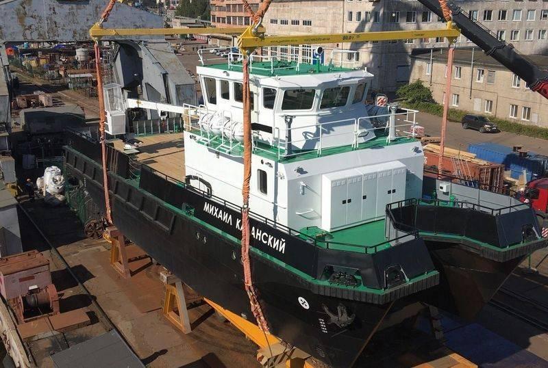 비보 르크에서 그들은 발틱 함대를위한 23370G 프로젝트 방어 회사를 시작했습니다