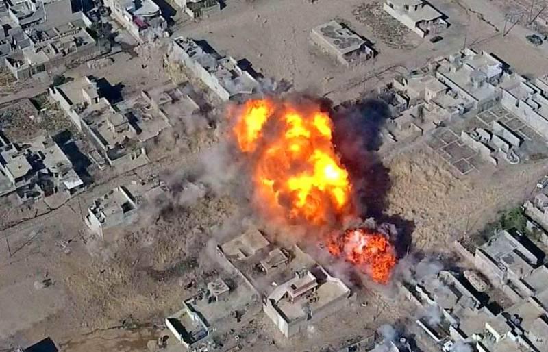ВКС РФ уничтожает объекты боевиков в провинции Идлиб